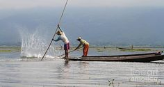 Gail Palethorpe - Fishermen of Inlet Lake Myanmar 4