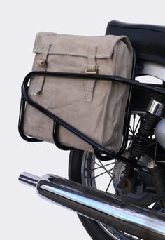 This is really a terrific layout if you want inspiration for Motorcycle Equipment, Motorcycle Luggage, Cafe Racer Motorcycle, Motorcycle Gear, Motorcycle Saddlebags, Triumph Bikes, Sr500, Moto Cafe, Honda Cub