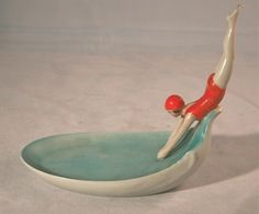 Art Deco Soap Dish of Figure diving into pool. ~Similar to my mermaid soap dish ((lost) ): Art Nouveau, Ceramic Pottery, Ceramic Art, Ceramic Soap Dish, Moda Art Deco, Goldscheider, Art Deco Stil, Art Deco Design, Art Deco Fashion