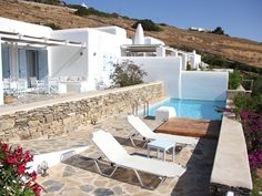 Near Golden Beach - Villa with private Pool and amazing view to the Aegean - Drios Paros, Villa With Private Pool, Beach Villa, Beautiful Villas, Outdoor Furniture, Outdoor Decor, Bad, Sun Lounger, Swimming Pools