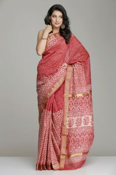 Stunning Half & Half Onion Pink Maheshwari Saree With Off-White Hand Block Print And Unique Floral Motif Gold Zari Border