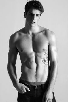 US Model Kyle Greer at Red Models in NYC, Two Management in Los Angeles and Independent Men in Milan by Yukie Sarto | Homotography