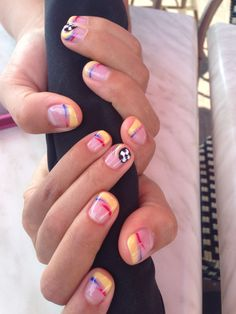 Colombia nail design, #colombia2015 #naildesigns #nails