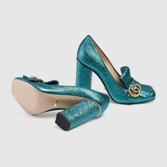 Metallic leather pump