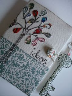 .funda libreta Freehand Machine Embroidery, Free Motion Embroidery, Free Machine Embroidery, Diy Notebook, Notebook Covers, Journal Covers, Book Journal, Fabric Journals, Needle Book