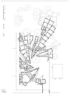 "Interview with Zvi Hecker: ""Good Architecture Cannot Be Legal; It Is Illegal!"",Heinz-Galinski School Berlin, Germany, 1995. Image © Zvi Hecker"