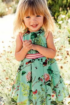 ALALOSHA: VOGUE ENFANTS: Must Have of the Day: Time to spruce up for summer!