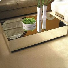 Coffee Table Plants, Coffe Table, Centre Table Design, Center Table Living Room, Bedroom Furniture Design, Urban Furniture, Little Houses, Apartment Design, Plant Decor