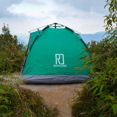Instant Pop Up Camping Tent Family 2-4 Person Auto Tent Waterproof – Reactive Outdoor Pickup Camping, Pop Up Camping Tent, Best Tents For Camping, Backyard Camping, Cool Tents, Camping Items, Camping Stuff, Outdoor Camping, Outdoor Gear