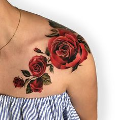 "3,303 Likes, 52 Comments - Antonina Troshina (@_rostra_) on Instagram: "" A branch of roses on the collarbone looks very stylish. Used @fkirons and @worldfamousink .…"""