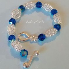 Simple and elegant bracelet with Swarovski crystals.