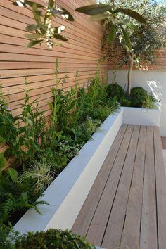 Small Courtyard Gardens, Small Backyard Gardens, Backyard Patio Designs, Small Backyard Landscaping, Small Garden Spaces, Small Back Garden Ideas, New Build Garden Ideas, Narrow Backyard Ideas, Outdoor Garden Bar