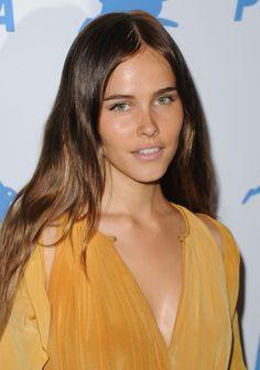 Isabel Lucas natural makeup
