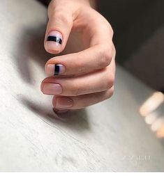 Nail Art Designs In Every Color And Style – Your Beautiful Nails Line Nail Designs, Simple Nail Art Designs, Beautiful Nail Designs, Minimalist Nails, Trendy Nail Art, Stylish Nails, Mens Nails, Manicure Y Pedicure, Super Nails