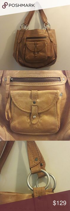 ABERCROMBIE & FITCH Leather Handbag This awesome Abercrombie & Fitch handbag is genuine Italian leather. Signature A & F! In great, gently-used condition. Abercrombie & Fitch Bags Shoulder Bags