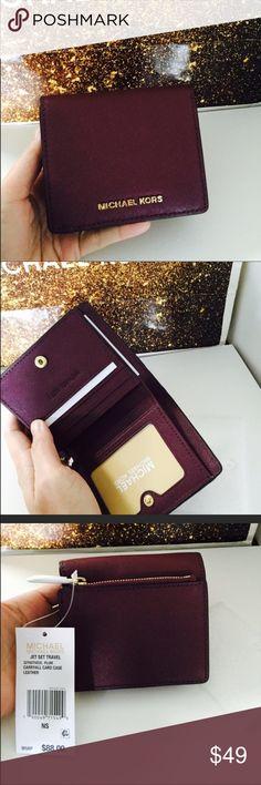 90a43a233a189 Michael Kors Jet Set Travel Carryall Card Case