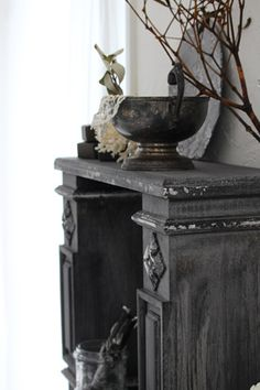 powder~Small Mantelpiece~