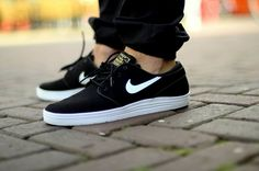 Timeless design meets ultimate comfort. This is the Nike SB Lunar Stefan Janoski.
