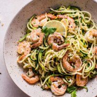 15 Minute Garlic Shrimp Zoodles