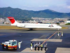 Japan Airlines (MD87)