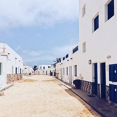 La Graciosa - a small Island that you can take a brilliant boat tour to from Lanzarote - Canary Island  when you have an #open #mind you have the #best #views | #travel #to #lagraciosa #island #from #lanzarote #canaryislands #enjoy #stunning #peaceful #natural #landscape #sandy #roads #white #blue #houses #traveladdict #wanderlust  #Regram via @paulahail