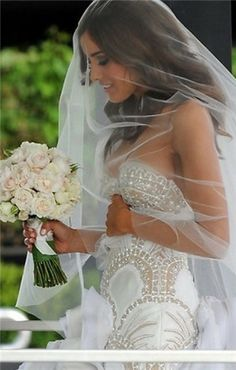 wedding dress,wedding dress
