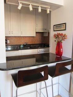 Eleanor's Warm Manhattan Kitchen
