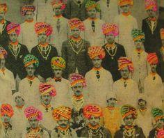 India men in turbans Vintage print - color added Indian Prints, Indian Art, Indian Gods, Jaisalmer, Udaipur, Graffiti, Artist Sketchbook, Pattern Illustration, Textile Artists