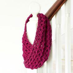 Basic Chunky Cowl Crochet Pattern via Hopeful Honey