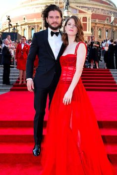 Kit Harington and Rose Leslie Return to the Place Where They Made Their Red Carpet Debut