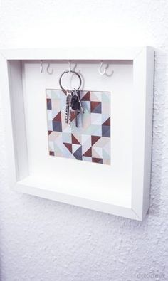 Hottest Cost-Free Gift for collection: picture frame key box # three times // advertising Tips There is nothing Better when compared to a clever IKEA Crack of worn region, and it is a good expl Ikea Diy, Key Box, Ikea Hack, Picture Frames, Ikea, Home Decor, Home Diy, Appartment Decor, Frame