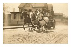 Horse-Drawn Fire Engine Racing to the Fire #tbt #firefighting