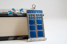 TARDIS Necklace. Must. Have.