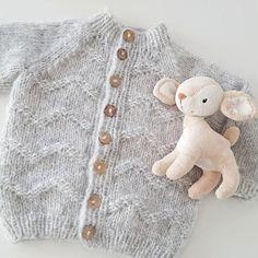 MINIS GULLIVERJAKKE Knitting For Kids, Baby Knitting Patterns, Nepal, Minis, Photo And Video, Sewing, Instagram, Fashion, Dots