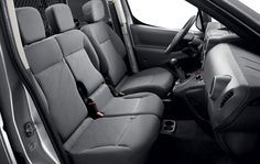 Peugeot 3 people to be seated at the front. This practical feature is greatly appreciated by business users, allowing them to carry employees and their tools from one job to another, keeping journeys to a minimum One Job, Peugeot, Car Seats, Van, Tools, Business, People, Instruments, Store