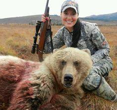 Cassandra Louise - Alaska Yep that's Alaskan Women Bear Hunting, Hunting Girls, Hunting Gear, Hunting Pictures, Hunter Gatherer, These Girls, Brown Bear, Outdoor Travel, Country Girls