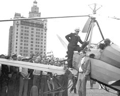 City manager L.L. Lee and autogyro in Bayfront Park, Miami, FL, 1932. Florida Memory.