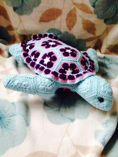 Crochet Turtle. Pattern from Heidi Bears