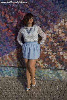 Como cada año, expertos internacionales de diferentes disciplinas relacionadas con el diseño, que van desde la arquitectura al mundo de la moda, señalan cuales son los colores que primarán que para este 2016 son el Rosa Cuarzo y el Azul Serenity. Hoy os hablo de ellos por el blog, ¡no te lo pierdas! Más en: http://www.justforrealgirls.com/2016/02/color-pantone-2016-rose-quartz-y-azul-serenity.html #AzulSerenity #RosaCuarzo #tdsmoda #justforrealgirls #fashionblogger #blo