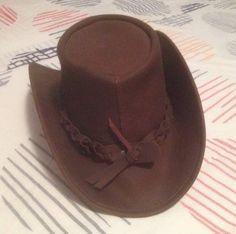 Vendo #cappello #western da #cowboy in #pelle #cuoio #leather    #Abbigliamento #uomo #men #accessori #moda #fashion