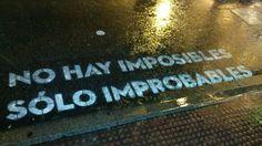 """""""No hay imposibles, sólo improbables"""". Obra de Boamistura,un grupo de arquitectos, diseñadores e ilustradores nacidos en la capital que han llevado su arte a los pasos de cebra del centro de Madrid"""