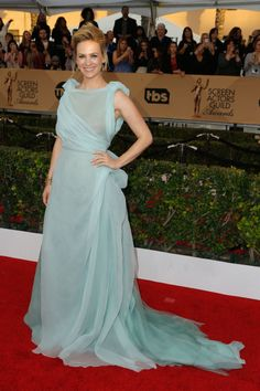 The stars shined bright at the 2016 SAG Awards last night... Take a peek at some of our favorite looks: January Jones