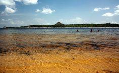 Praias brasileiras que são a cara do verão Vista da praia de rio, em Alter do Chão, Santarém, Pará (foto: Eduardo Vessoni)