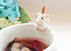 These legend Unicorns not only cling to your tea cup or mug or bowl for decoration purpose, but also helping you holding the tea bag from slipping into your hot tea. This can definitely brighten your boring day when she is sitting on your cup. Look, how happy she is playing at your