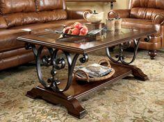 Antigo coffee table Stunning