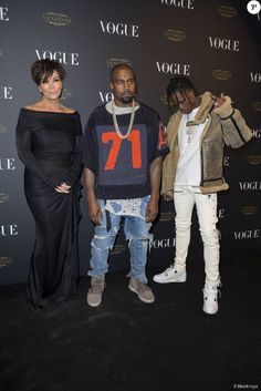 Kris Jenner, Kanye West et Travi$ Scott assistent à la soirée des 95 ans du magazine Vogue Paris, avenue d'Iéna. Paris, le 3 octobre 2015.