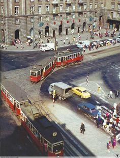 Odsłon: 5480 Poland People, S Bahn, Mobile Photos, Public Transport, Prague, Past, Transportation, Times Square, Nostalgia