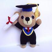 Graduation Bear pattern by Little Bamboo Handmade