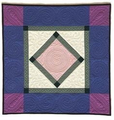 Hand quilted Amish style quilt by Andi Perejda : Quilting as Focal Point