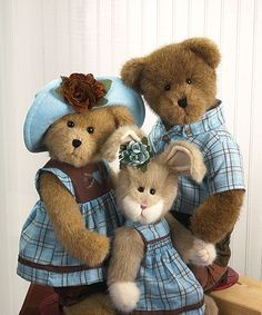 Boyds Bears .. Bear family